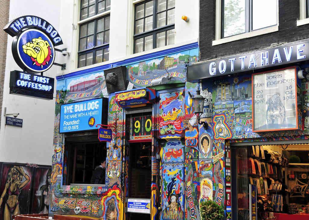 アムステルダムのコーヒショップ