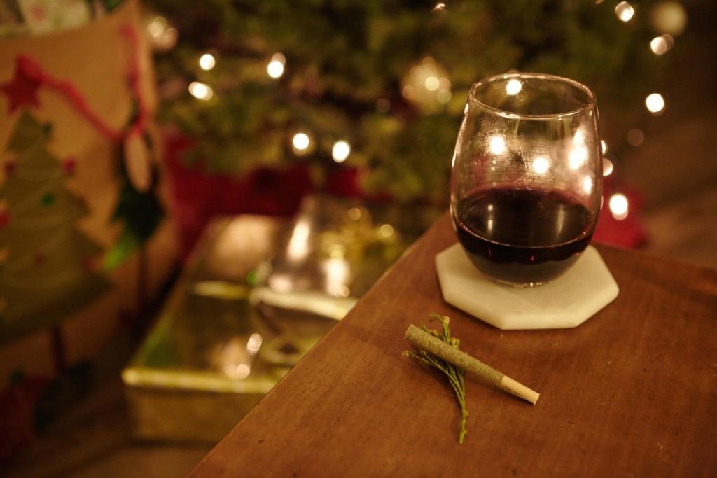 赤ワインと大麻