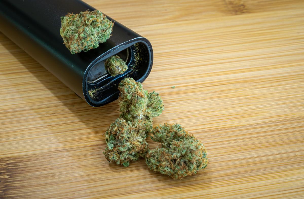 大麻とヴェポライザー